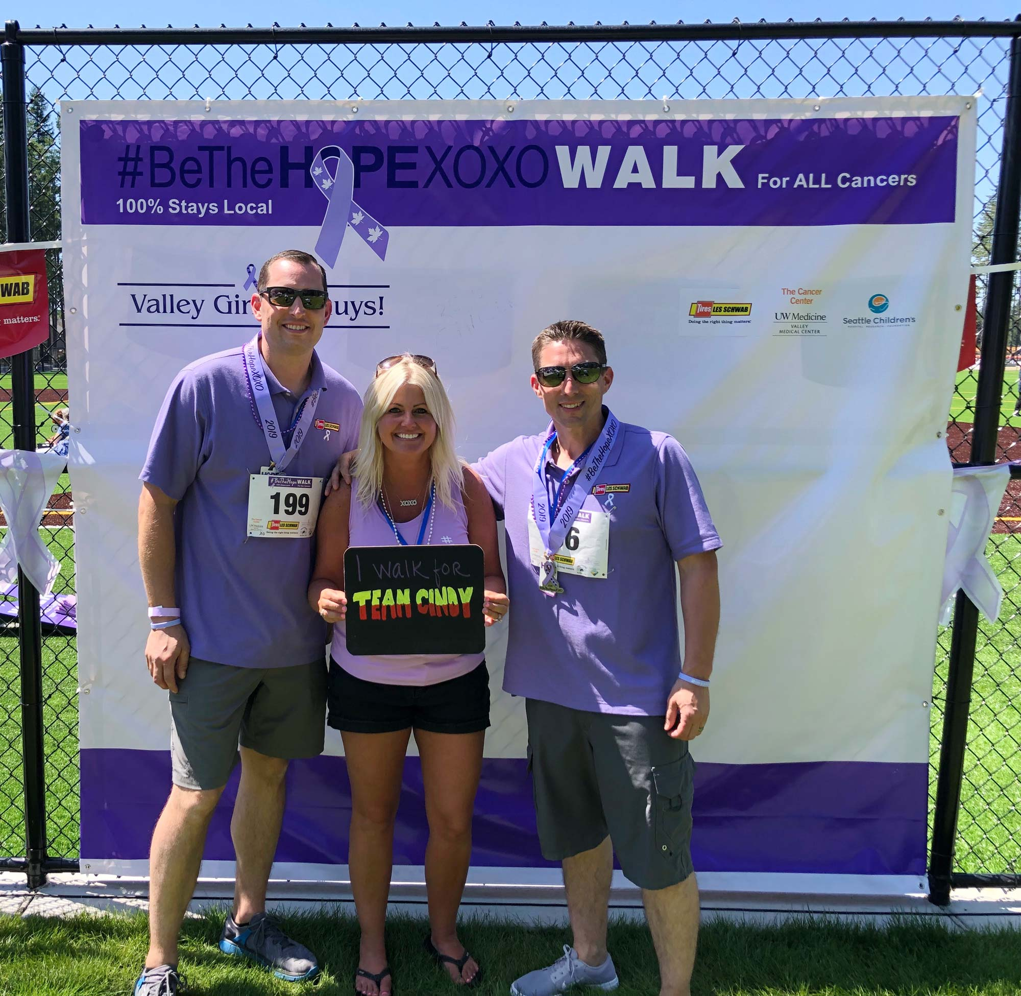 Les Schwab employees supporting the Be The HOPE Walk