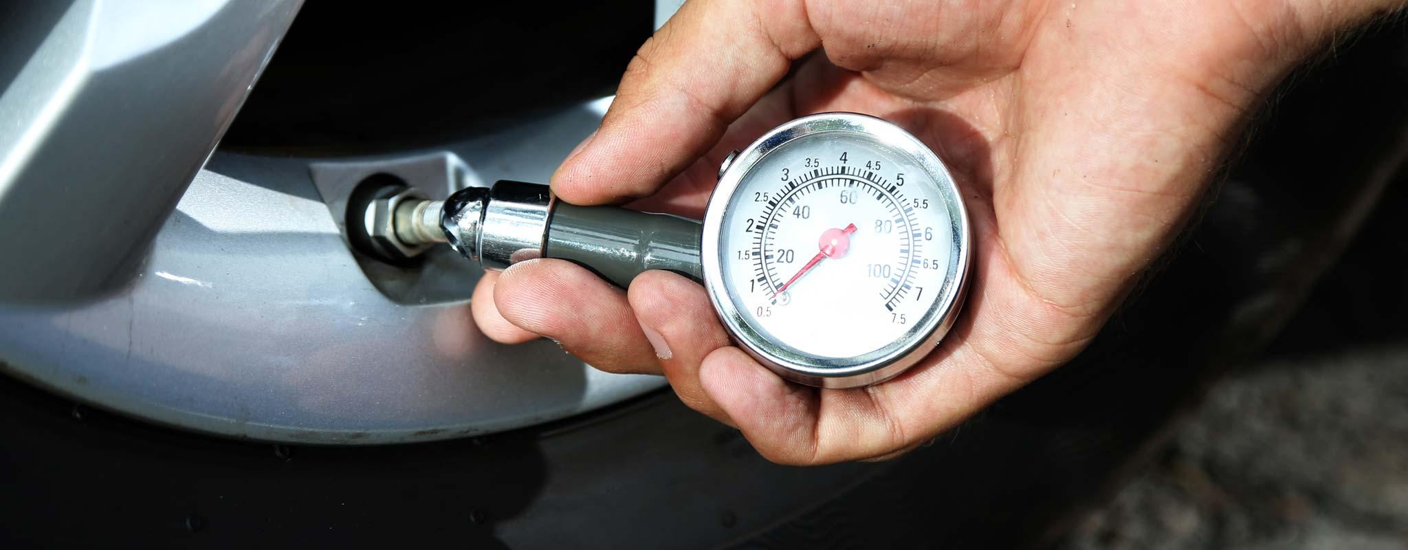 Check Tire Pressure >> How Do I Check My Tire Pressure Les Schwab