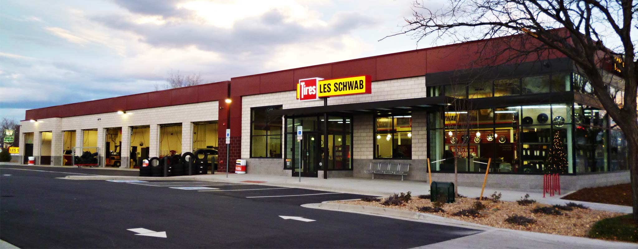 The exterior of the Federal Boulevard Les Schwab in Denver.