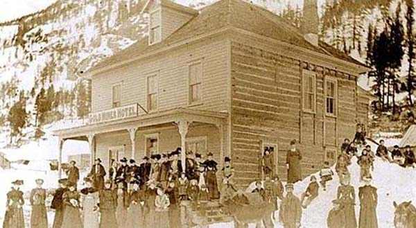 Photo: Goldminer Hotel, Courtesy Elmer Holmes, reprinted from Inn and Around Nederland by Silvia Pettem