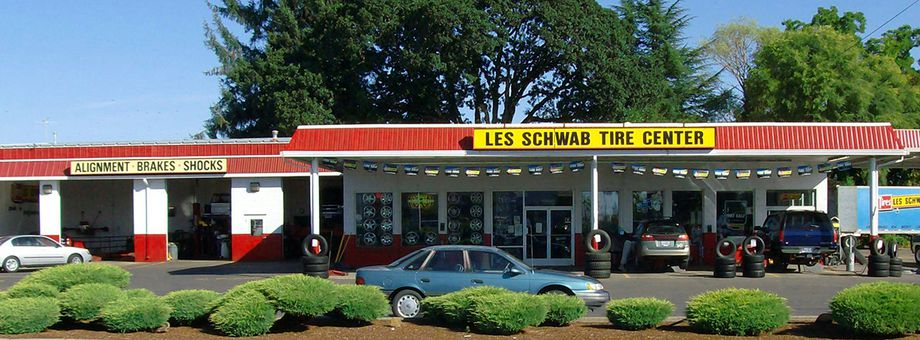 1710 Monmouth St Les Schwab Tire Center