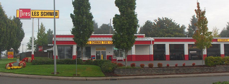 11804 NE 78th Way Les Schwab Tire Center