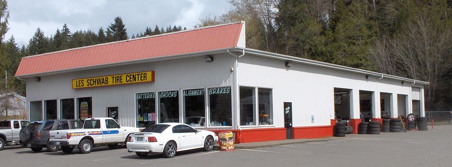 23090 NE State Route 3 Les Schwab Tire Center
