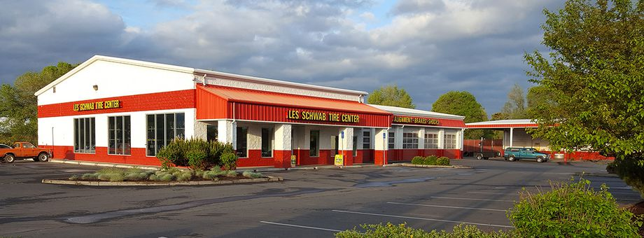 1250 NE 3rd St Les Schwab Tire Center