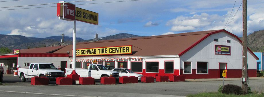 2304 US Highway 97 Les Schwab Tire Center