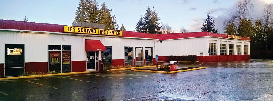 37895 Highway 26 Les Schwab Tire Center